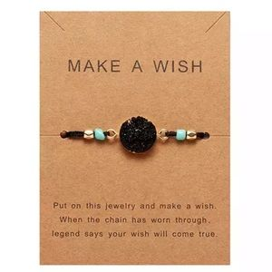 NWT Make a Wish Natural Resin Beaded Bracelet